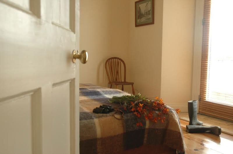 Cottage-bedroom-2