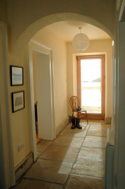 Cottage-hallway-2