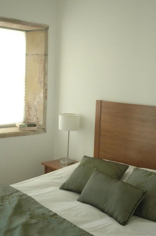 Longhouse-bedroom-1