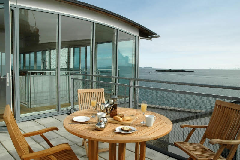 Longhouse-patio