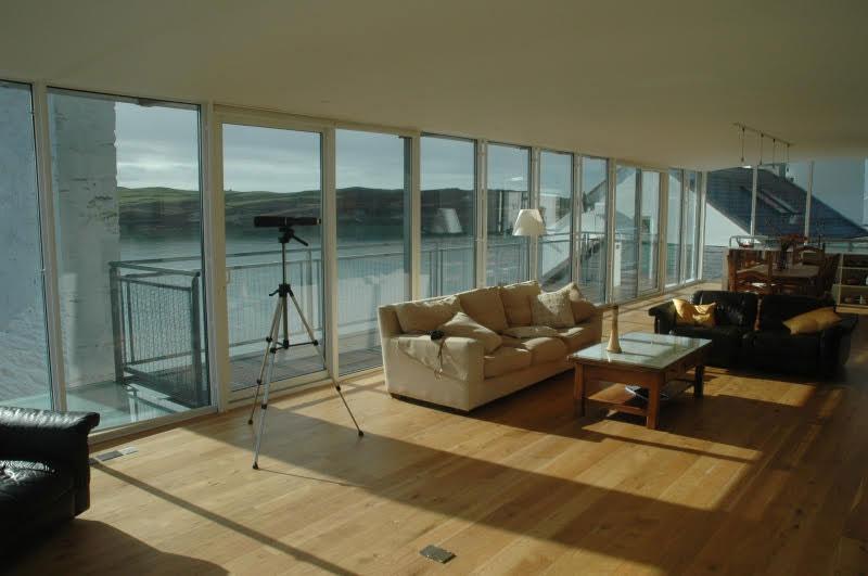 Longhouse-sitting-room